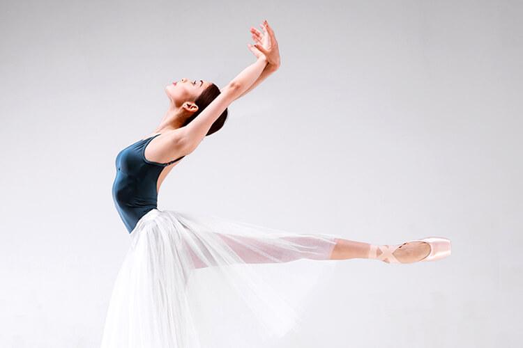 brand-img-ballet2.jpg