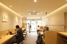 吉そば不動前店が隣店舗にて新規オープンしました!店舗内装も綺麗になり、メニューも新しくなりました!